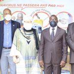 Le Ministre du Budget reçoit un don d'équipements et de matériels sanitaires