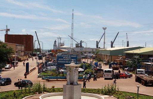 Climat des affaires en Guinée : fluidifier la relation entre douanes et entreprises